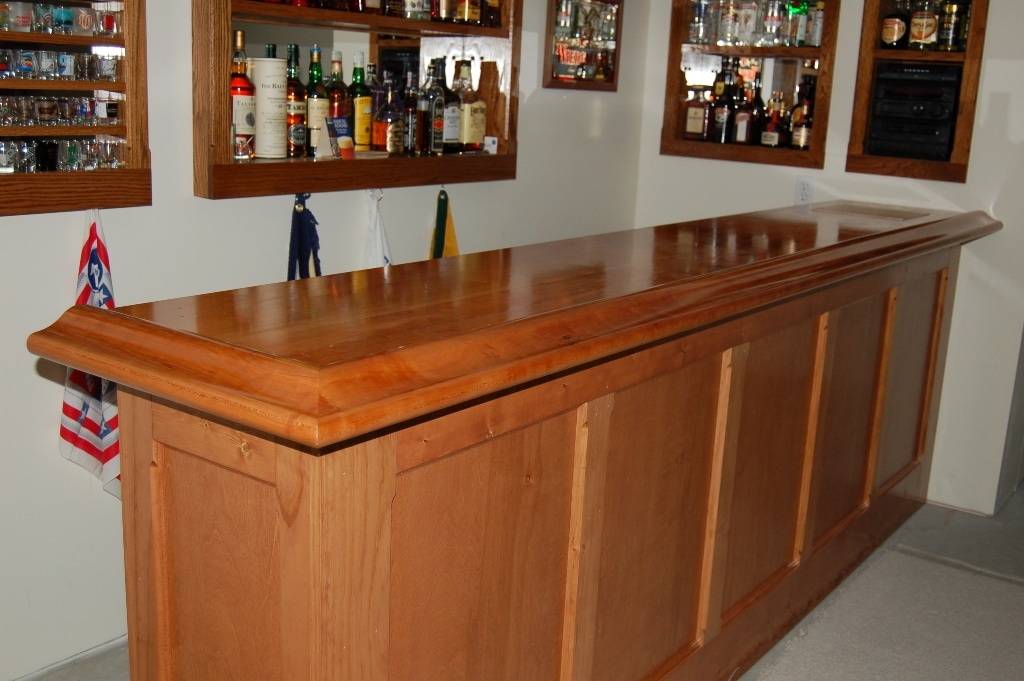 Custom bar top kits and bar rail moldings for home and commercial ...